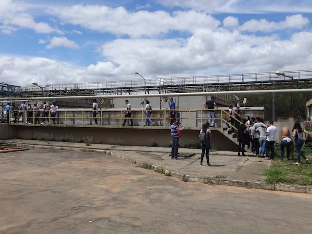 Visita técnica à Copasa por estudantes de Edificações